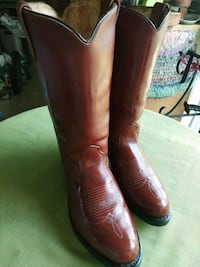 Insulated H-H Men's Cowboy Boots size 9 1/2 EE