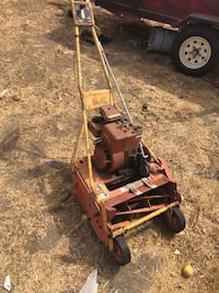 "MCLANE 20"" mower with grass catcher $ Oxnard, 93035"