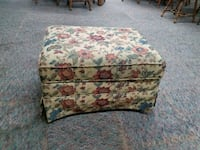 Ottoman with floral pattern, excellent condition! Indianapolis, 46203
