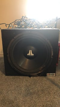 JL Audio 15 inch sub with amp and wiring Bend, 97701