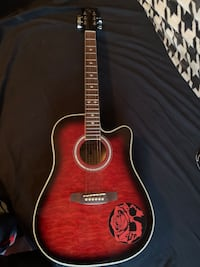Acoustic guitar (Indiana Madison elite quilt red)
