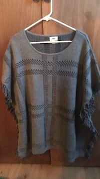 Grey old navy poncho(size M-L) WOMENS Oregon City, 97045