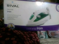 white and green Arzum steam iron box Los Angeles, 90033