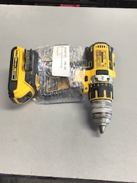 """Dewalt 1/2"""" Cordless Drill With Battery and Charger Riverside, 92503"""