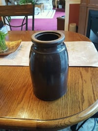 Brown Antique Crock  Burtonsville, 20866