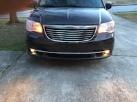 Chrysler - Town and Country - 2012 Arlington, 22209