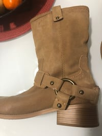 Brown suede knee high boots Toronto, M1J 1G6