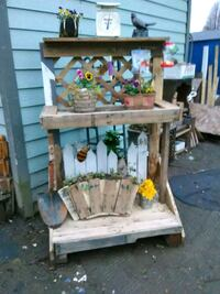 Adorable Planting Bench!