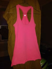 women's pink sleeveless top Winnipeg, R3G 0Z8