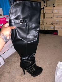 Never worn Black sexy heeled boot size 6.5 Missouri City