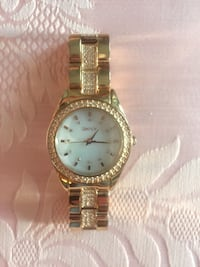 Round gold-colored analog watch with link bracelet Alexandria