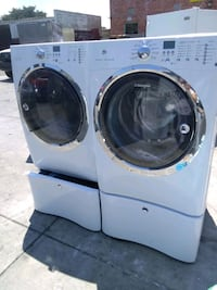 ELECTROLUX SET WASHER AND GAS DRYER FRONT LOAD  Murrieta