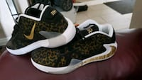 NIKE SHOE MODEL 2020 NEW BLACK GOLD  SIZE 11 US London, N6P 1P6