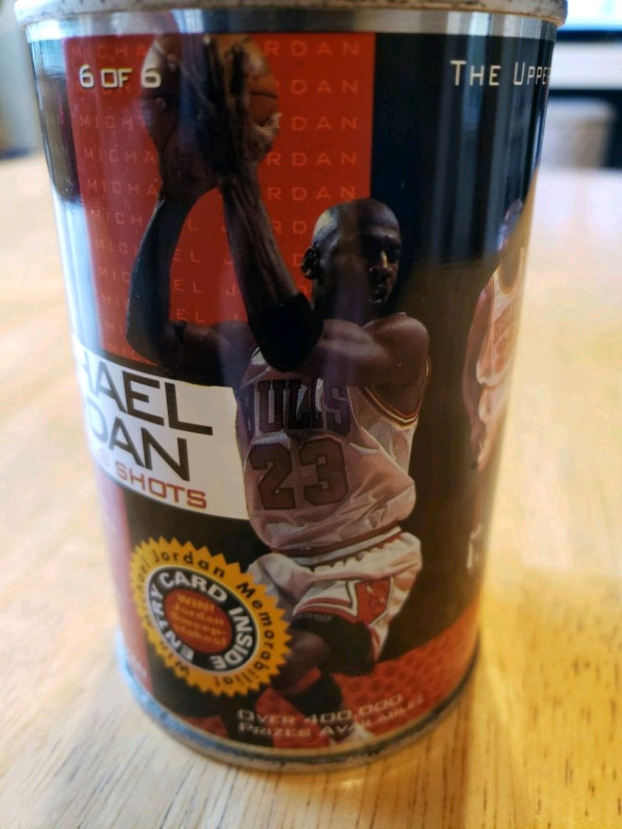 Photo 1998 Michael Jordan NBA basketball finals shots unopened can
