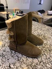 Bear Paw Boots Sioux Falls, 57104
