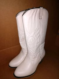 Holds Credit Cards inside sz 10 Cowboy Boot womens Manchester, 03103