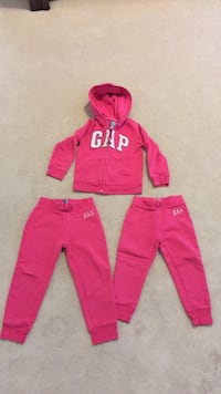 Hoodie size 4 and joggers size 3 and the other a size 4 Brampton, L6R 3E6