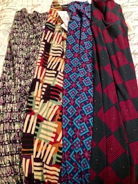 Lot of 4 small Maxi skirts Gainesville, 20155