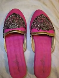 Joan Boyce Beaded Slides ( Size 7.5) Bryan, 77802
