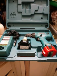 Makita drill almost new West Palm Beach, 33417