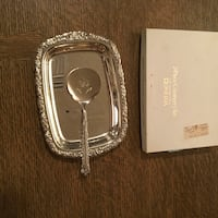 Beautiful cranberry sauce silver plate serving dish and utensil.  Ocala, 34479