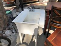 Sink w/faucet for Garage or Outdoors  Lake Forest, 92630