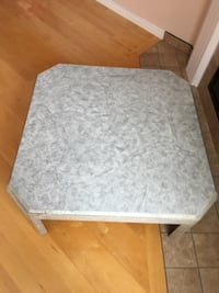 Coffee table Laval, H7G 0E6
