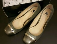 pair of brown leather pumps Toronto, M3H 3R6