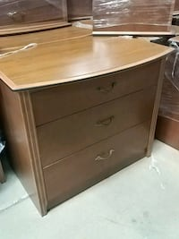 Res miss 3 drawer dresser