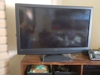black flat screen TV with remote Hayward, 94542