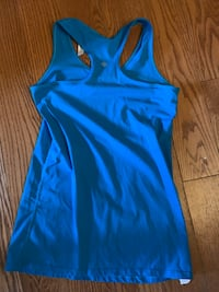 LULULEMON RAZORBACK SHIRT SIZE 10  North Dumfries, N0B 1E0