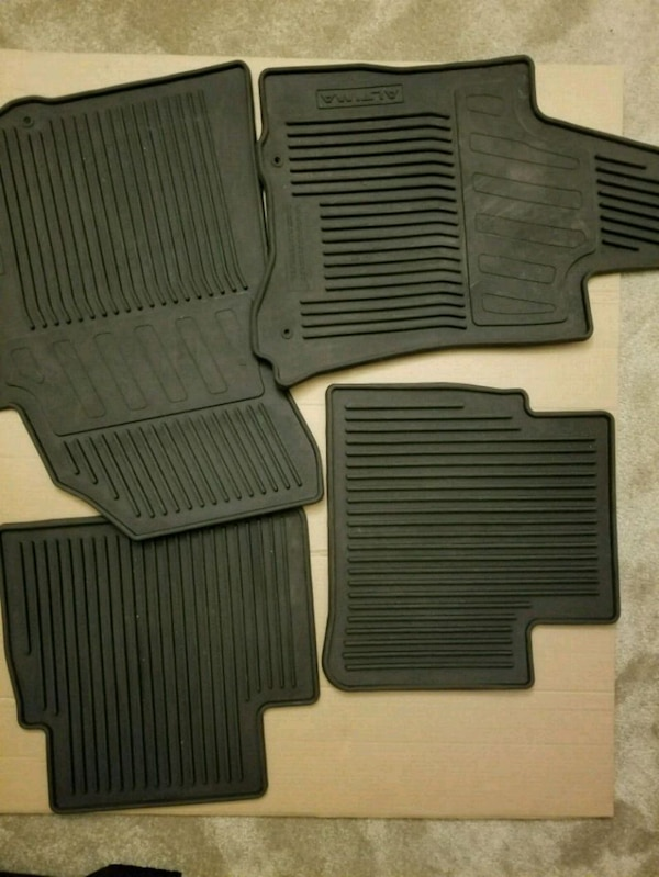 Used Nissan Altima All-Season Rubber Floor Mats 2016-20 for sale in Hayward