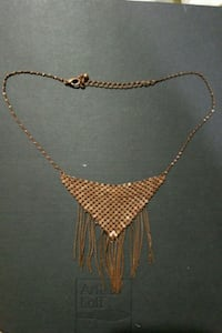 Necklace  986 mi