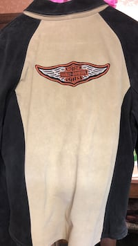 black and white Harley Davidson sweatshirt Guilford, 17202