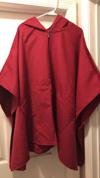 NEW. WOMENS. SIZE: XL. Red suade hooded poncho. Winchester, 22602