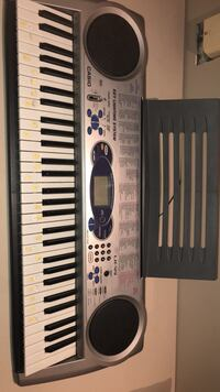 black and white electronic keyboard Mississauga, L5A 3J5