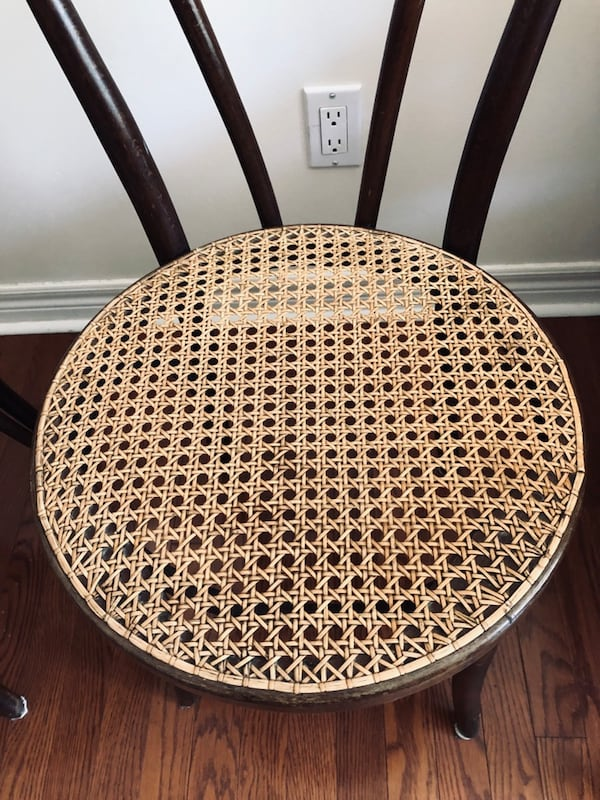 Bentwood chairs - two 1be31bda-e4a2-4c25-9c79-ff10f767496f