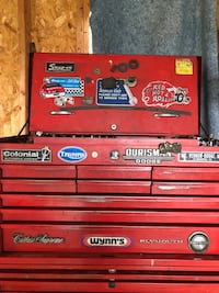 Red and black snap-on tool chest Ranson