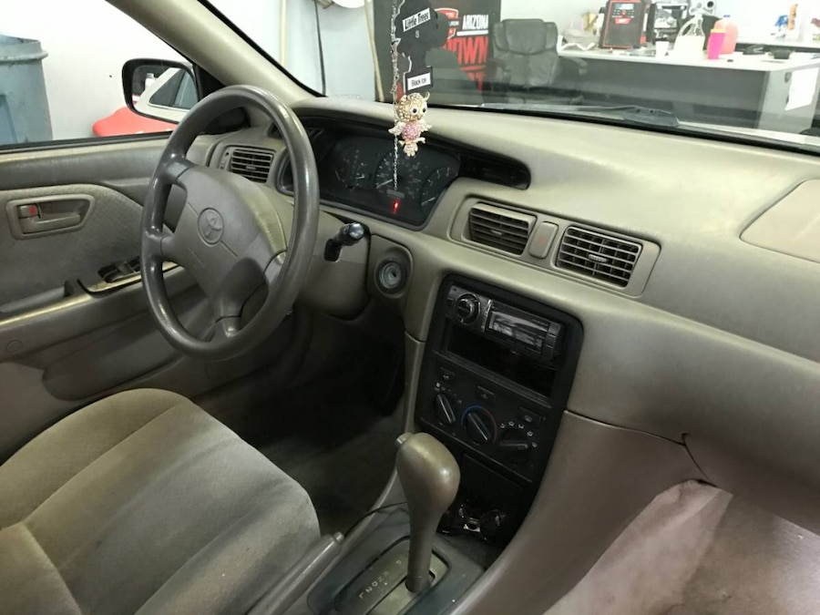 used 2000 toyota camry reliable car in albuquerque. Black Bedroom Furniture Sets. Home Design Ideas
