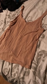 brown tank top Kelowna, V1X 2M1
