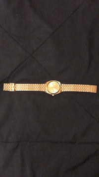 round gold analog watch with gold link bracelet Fort Lauderdale, 33315
