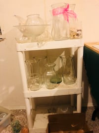 Various glass items, vases, candy dishes and shells Omaha, 68104