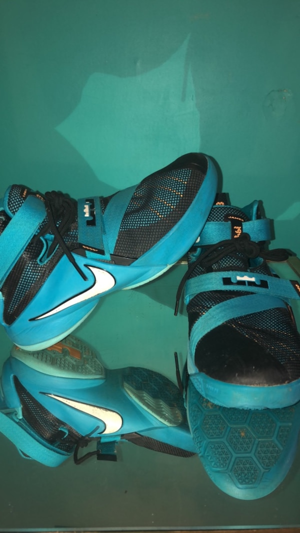 best sneakers 473f1 fa2ff Used, slightly dirty LeBron Zoom Soldier 9 in blue lagoon color. Size:  youth 7