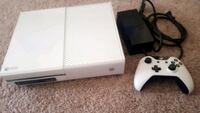 White Xbox One console with controller Gilbert, 85233