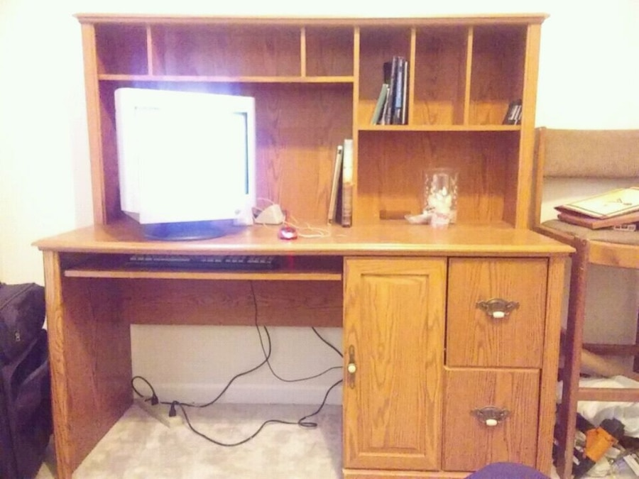 used computer desk with hutch all wood for sale in grovetown letgo rh gb letgo com