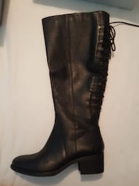 Black leather calf boot