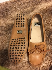 Lacoste tan loafers size 7