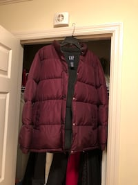 Ladies GAP Brand Bubble Coat  Phenix City, 36870