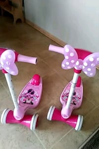 toddler's pink and purple Minnie Mouse trike Poplar Grove
