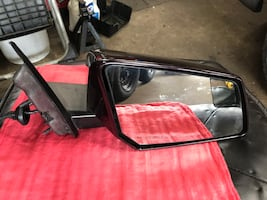 2011 Chevy Traverse left and right side mirror